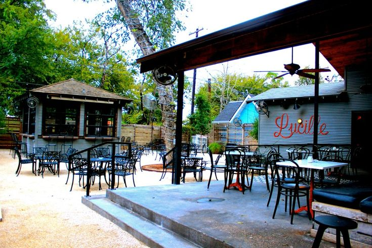 5 Austin Bars that are way Better than Dirty Sixth
