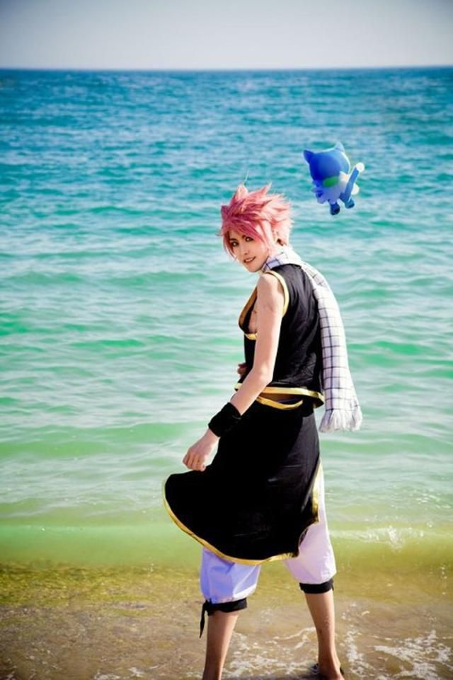 These Sexy Natsu Cosplayers Capture the Fairy Tail Character Perfectly: Natsu Cosplayer and Happy Hitting the Beach in Style