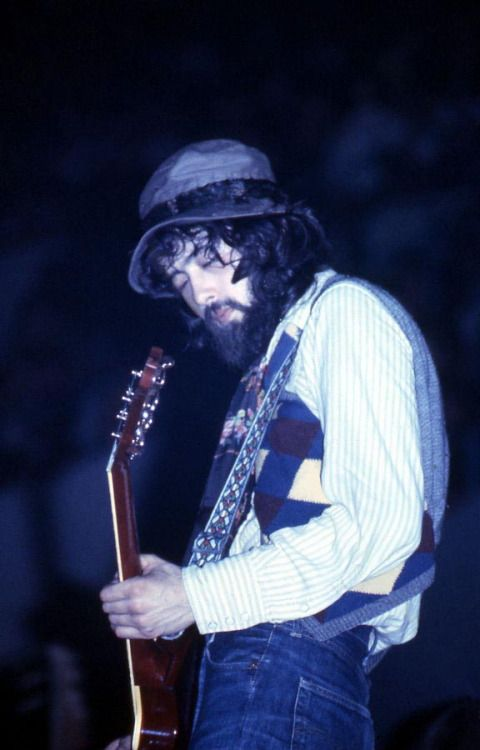 Jimmy Page, August 29, 1970 Led Zeppelin @ Winnepeg Arena Manitoba Centennial Pop�