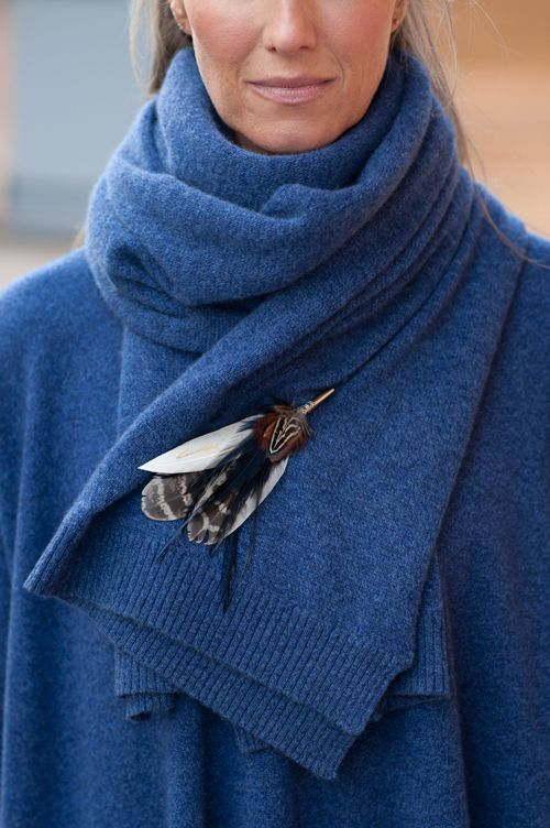 Luxury warm cashmere scarf and sweater by @Cashmere&Cotton accessorized with a Holly Young signature feather brooch in navy and natural pheasant. #cashmere #feathers #madeinuk #luxury #style #country #navy #womens #fashion #fall #2016 #2017 #winter #winter16/17 #uk #british