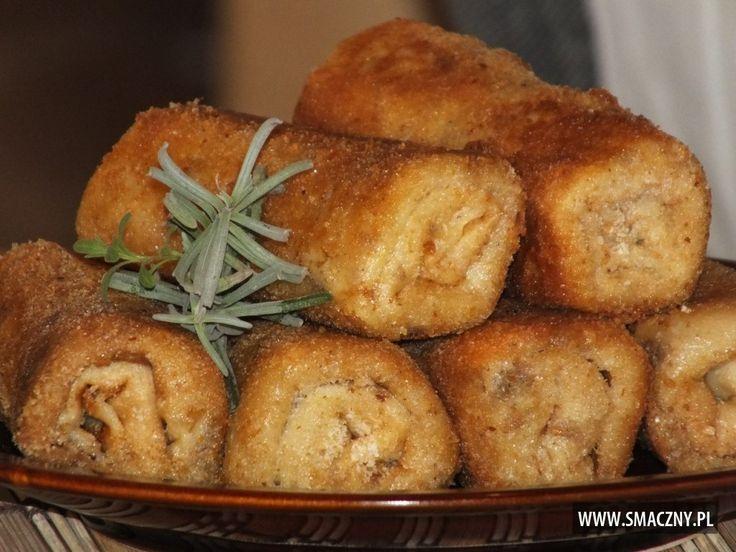 Jeśli macie mięso z rosołu, to może je wykorzystacie do... krokietów?? Są przepyszne! Polecam:  http://www.smaczny.pl/przepis,krokiety_z_miesem  #przepisy #daniagłówne #krokiety #mięso #rosół #naleśniki #jajka #olej #bułkatarta #smażenie #obiad