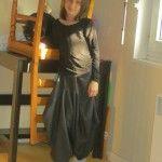 Et voilà ma Miss Mannequin est rentrée, du coup séance photo, avec un plus un haut manches longues, jersey pailleté made by me !
