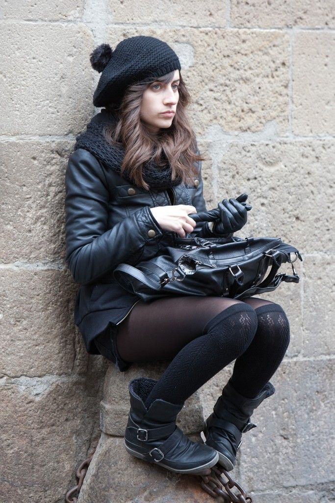 Winter in Barcelona.  [Photo by Matti Hillig]Photos, Knee High, Legwear Winter, Barcelona Style, Fashion, Winter Style, Life Style, Daily Wwd, Matty Hillig
