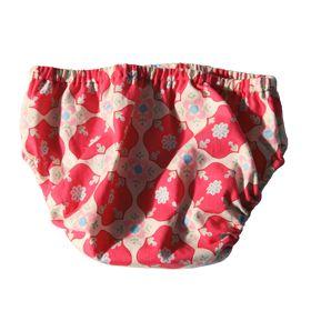 Patron gratuit pour une culotte de bain pour bébé. Taille et cuisses élastiquées.  Tissu : popeline de coton Taille : 3 à 24 mois