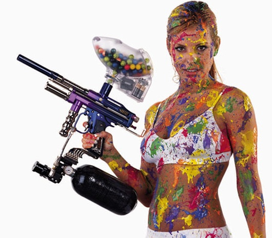 naked-women-and-paintball-guns-light-brown-tits