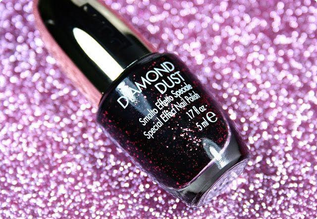 Malý koutek krásy: Pupa Stay Gold! Diamond Dust 001 Glowing Black