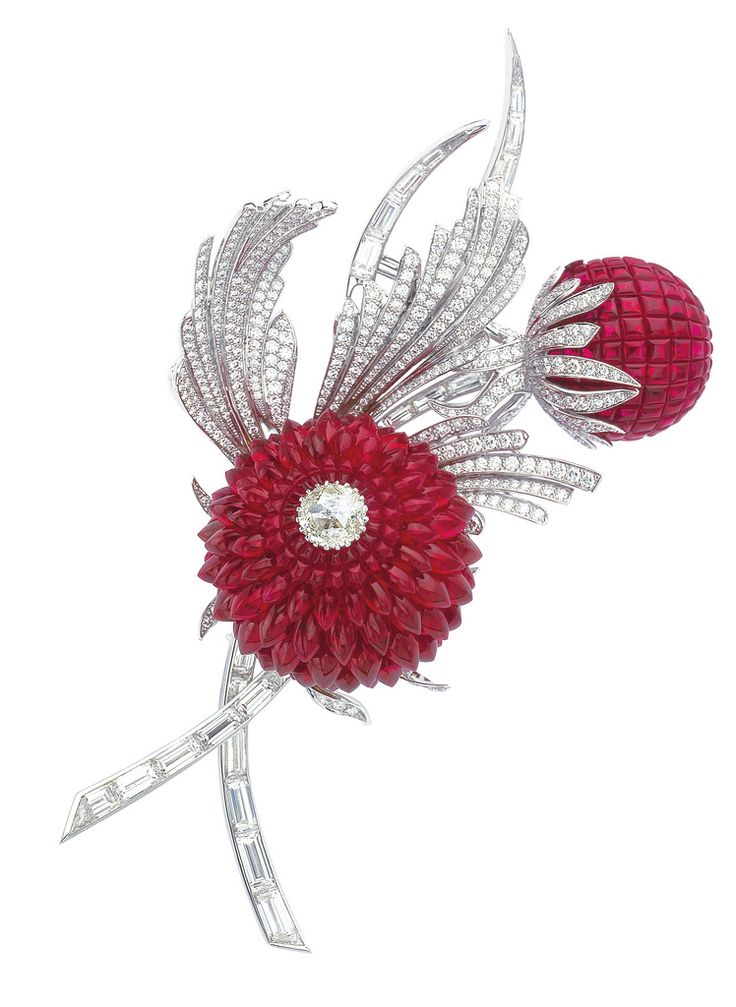 Van Cleef & Arpels - Chardon Clip with Mystery Setting rubies