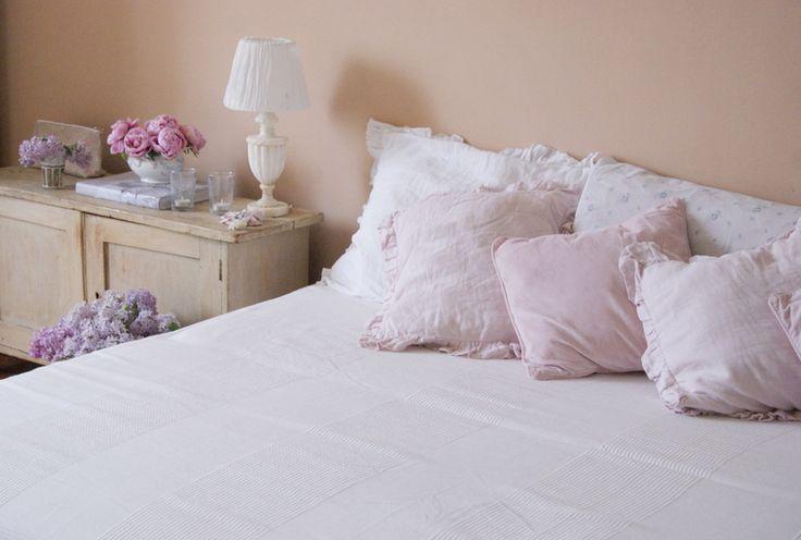 Ruffled and velvet pillows