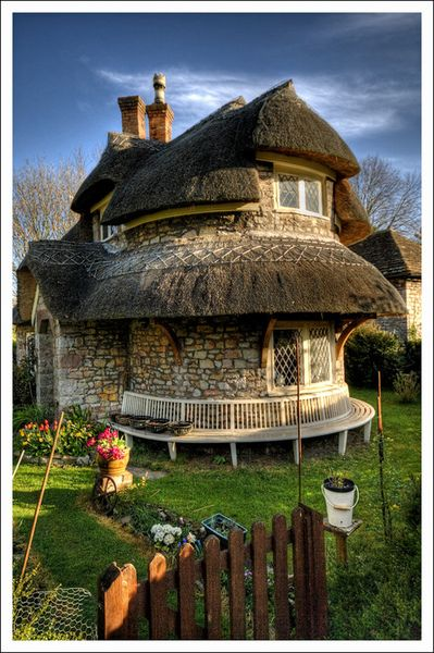 Wow!Stones Cottages,  Thatched Roof, Buckingham Palaces, Cob House, Alice In Wonderland, Bristol England, Places, Thatched Cottages, Nature Home