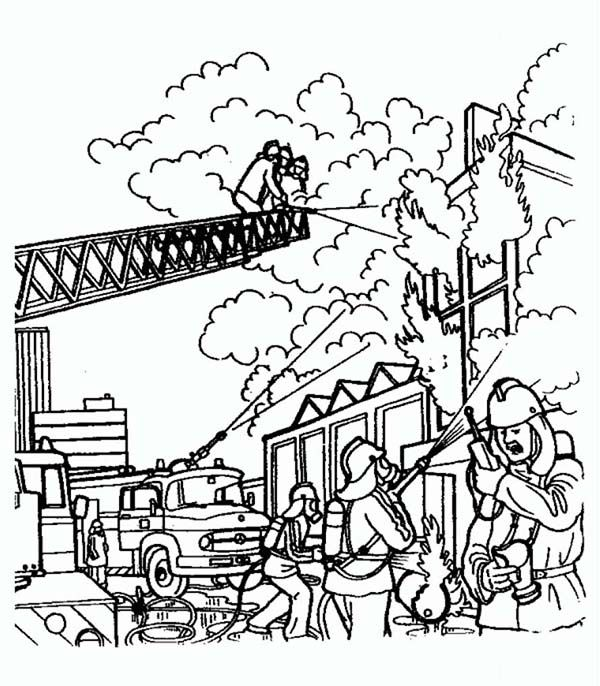 Www preschoolcoloringbook com summer coloring page - Fireman Fireman Try To Extinguish Fire On Burning