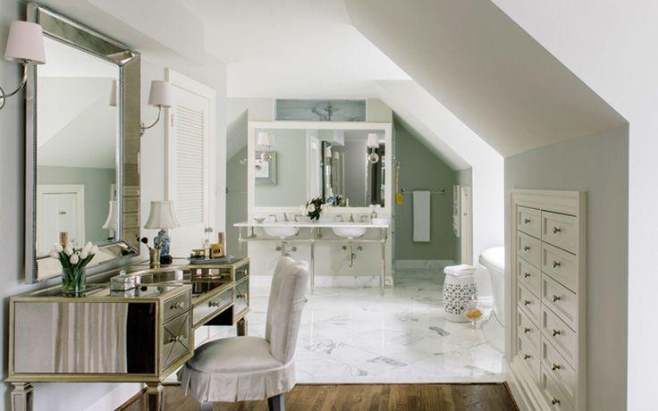 Новый интерьер ванной комнаты в доме на берегу реки Майлз