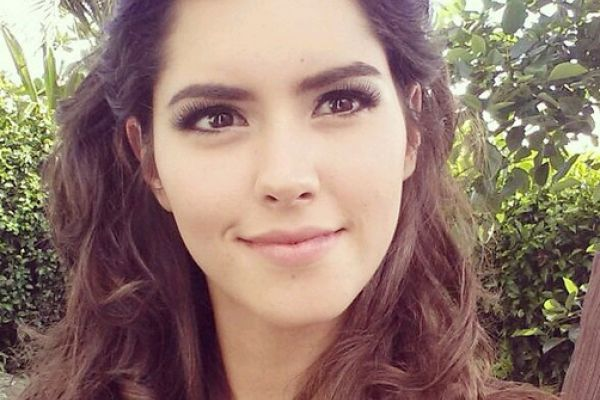 Paulina Vega. Ms Universe 2014. Eyebrows are perfect!