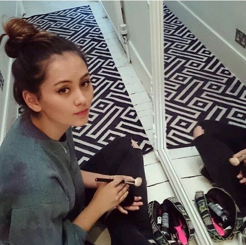 jasmine thompson and make up Bild