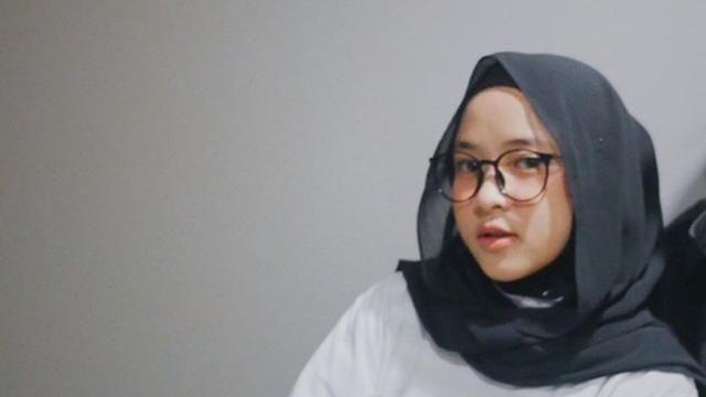 Gambar Tutorial Hijab Saudia Segi Empat Gaya Hijab