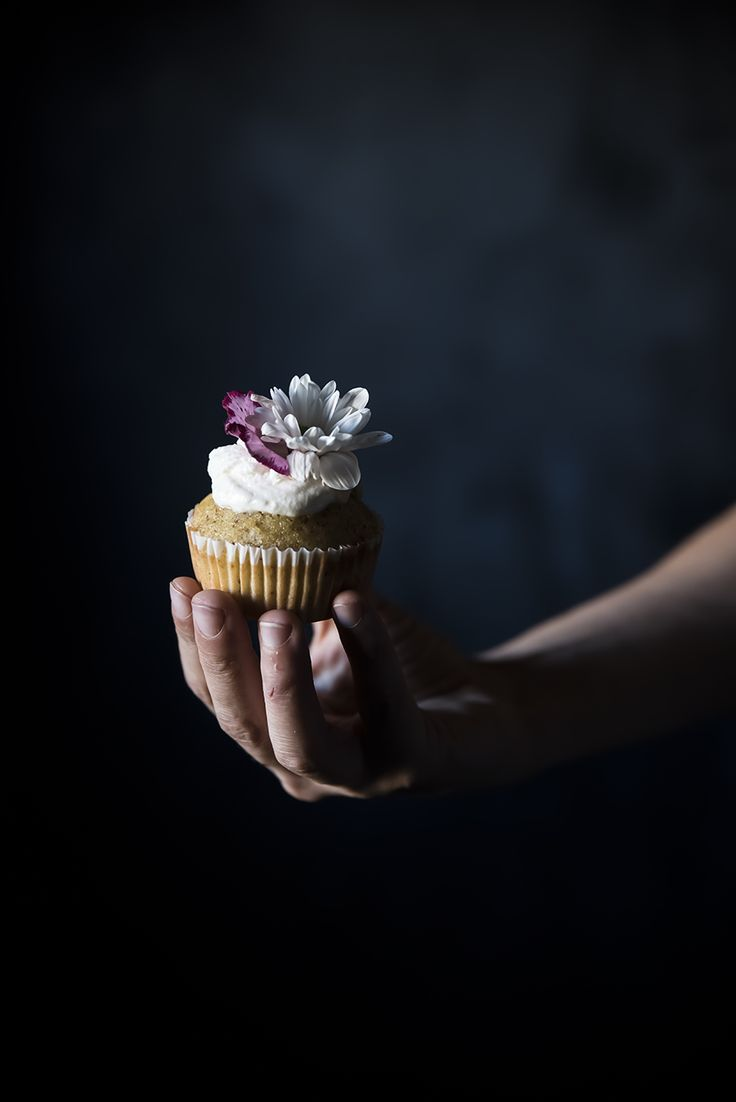 Pear & Almond Cupcakes Recipe