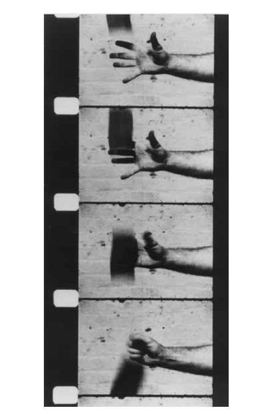 Ричард Серра, «Рука, ловящая свинец», 1969. Черно-белая кинопленка 16 мм, 3 мин 30 сек. Камера: Роберт Фьоре