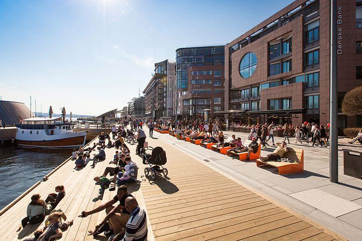 link arkitektur reinvigorates stranden waterfront promenade aker brygge in oslo - designboom | architecture