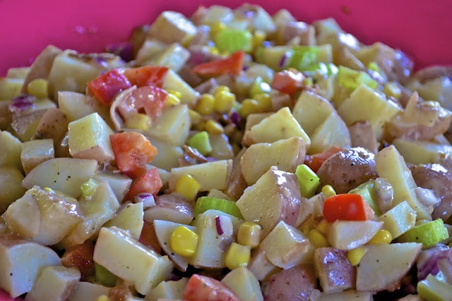 """""""Point-less"""" Meals: BBQ Potato Bacon and Corn Salad: Side Dishes, Potatoes Salad, Potatoes Bacon, Bbq Sauces, Bacon Salad, Red Onions, Corn Salads, Weights Watcher, Bbq Potatoes"""
