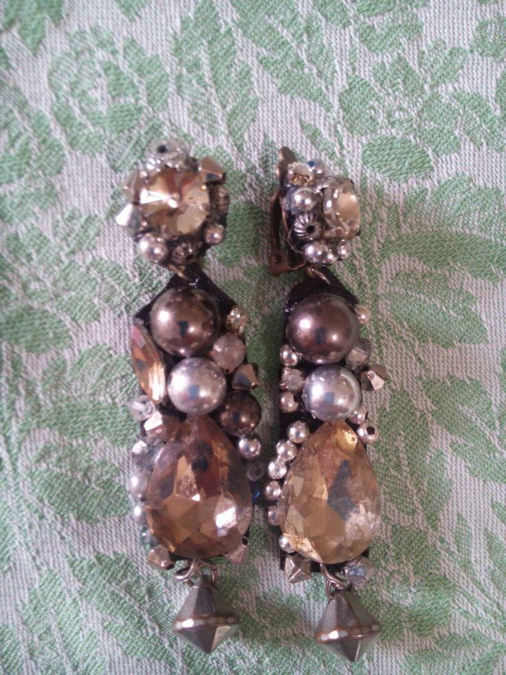 Orecchini clips hand made collezione Sottosopra Swarovski,pietre,strass