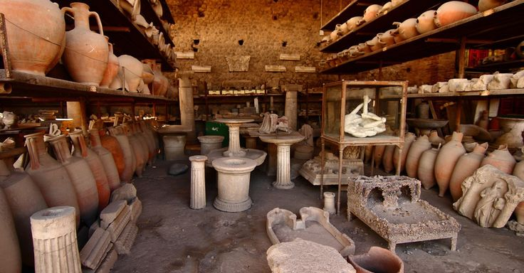Unfinished vases found in Pompeii reveal panic as eruption loomed - http://mashable.com/2014/11/22/pompeii-eruption-vases/