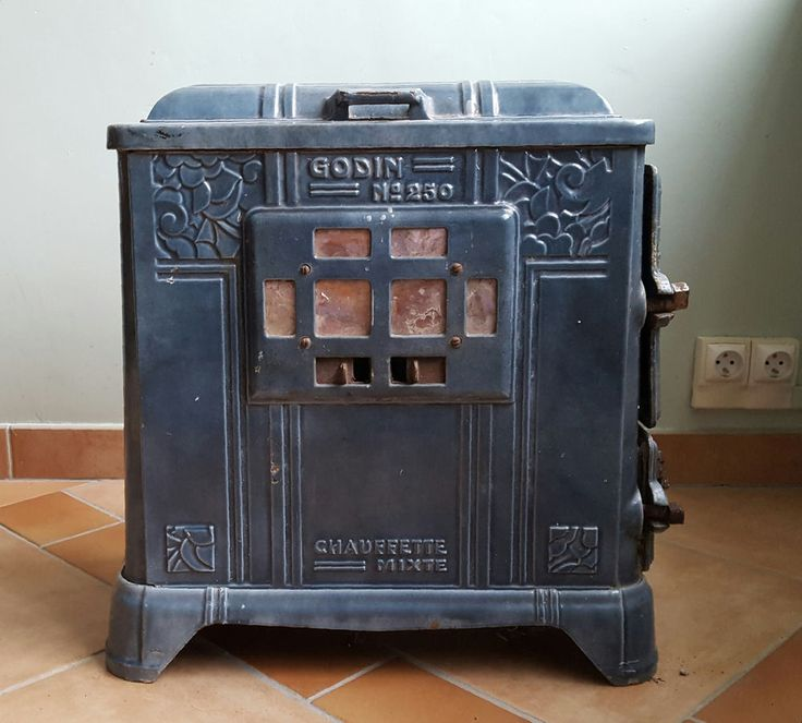Antique FRENCH ART NOUVEAU GODIN CHAUFFETTE MIXTE No. 250 Blue Wood Burner. Made by Godin one of the most famous and respected French stove foundries, it is very heavy and well made. It is a beautiful Art Nouveau design.