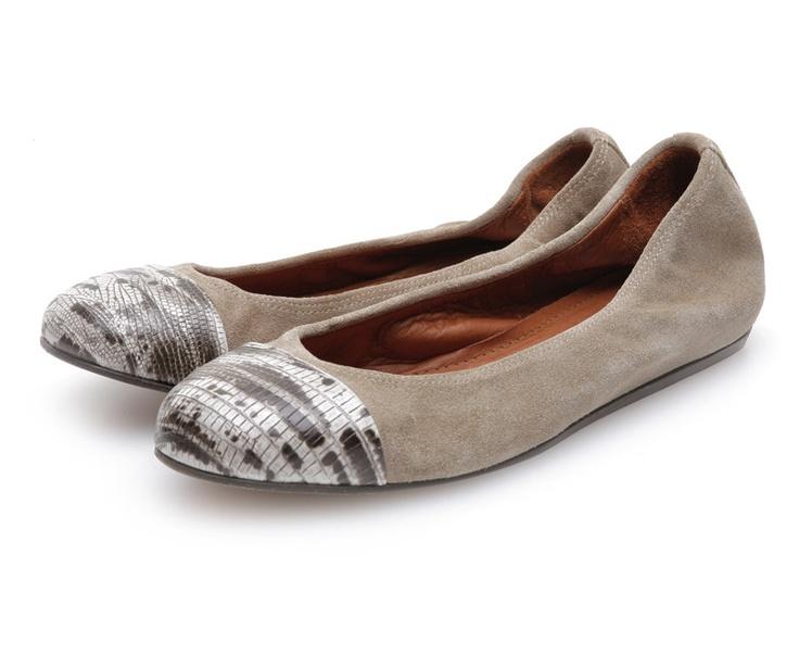 Jildor Womens Wide Shoes