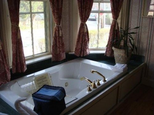 Bathroom Design Jacuzzi best 20+ jacuzzi bathtub ideas on pinterest | amazing bathrooms