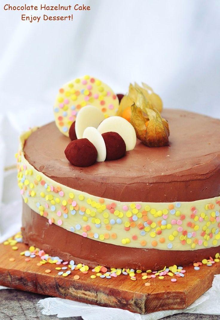 Cake with chocolate and hazelnut liqueur