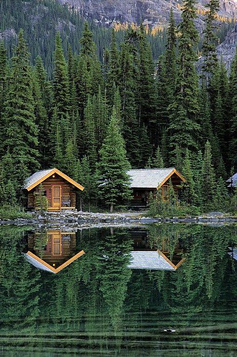 ✯ Cabins in Yoho National Park, Lake OHara, British Columbia, Canada