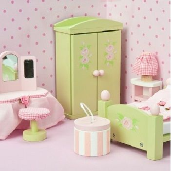 Now your little ones doll house can have all the latest in dollhouse interiors with these gorgeous furniture sets from Le Toy Van. The Daisy Lane painted wooden furniture set including, a double bed with rose-bud duvet and pillows, a wardrobe with hangers, dressing table, and a bedside table. There is even a hat box …