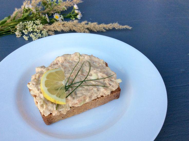 Bezmléčná pomazánka z konzervované ryby - recept