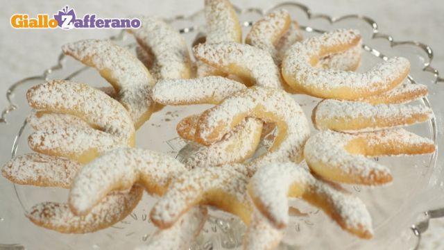 Kipferl. Biscuits with vanilla from Austria.