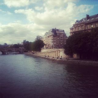 Paris: Paris, Holidays