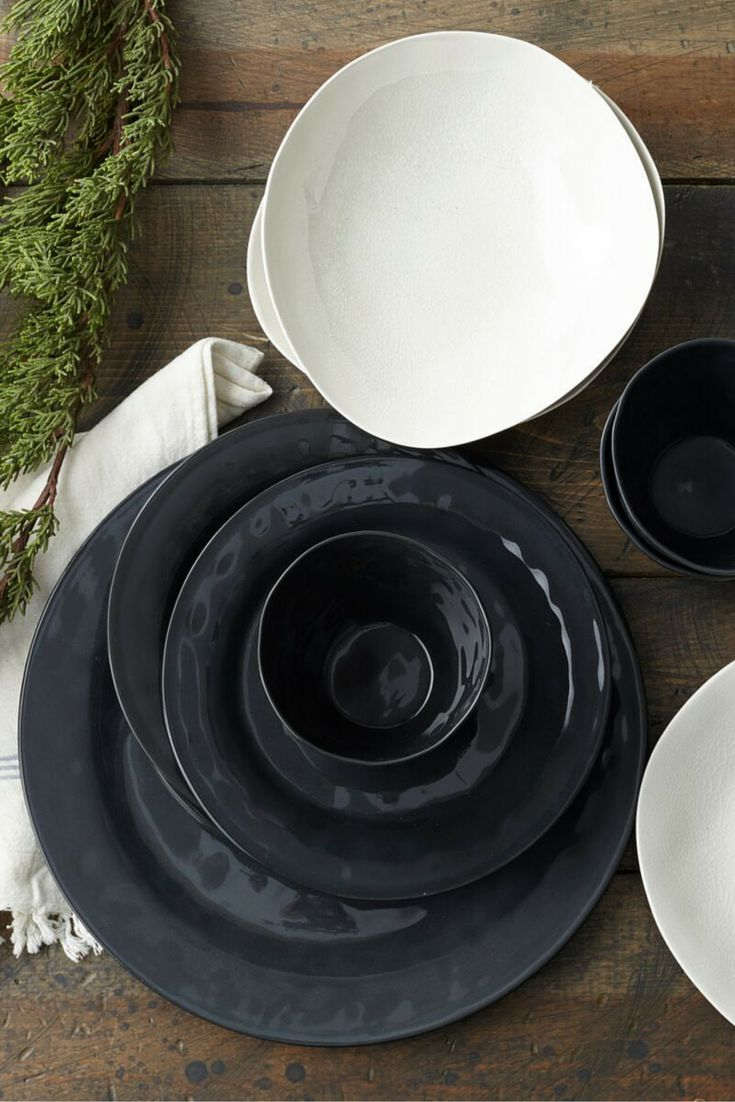 Simple, modern, timeless and versatile describes the Nordic Style of ceramics by Swedish maker, Kajsa Cramer. Each piece is unique and highly tactile. We love how the black china Margot dinner plates