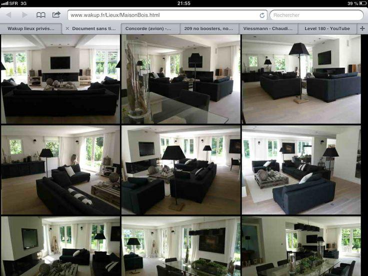 Beige fenêtres blanches meubles noirs