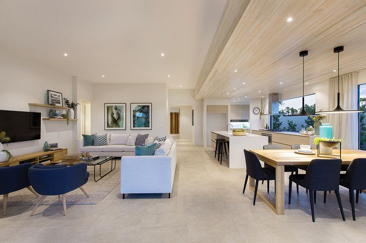 Family and dining in the Vermont with Cottesloe World of Style.