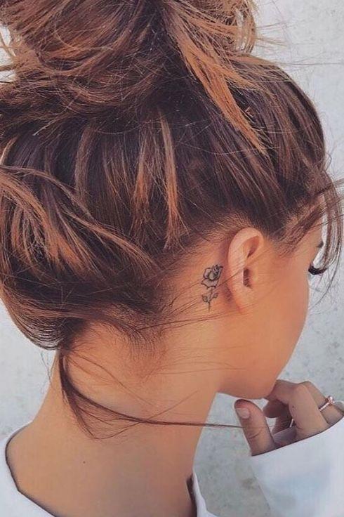 Flower tattoo behind the ear #flowertattoos – Tattoosandra – #Blumentattoo #dem #flowertattoos #hinter