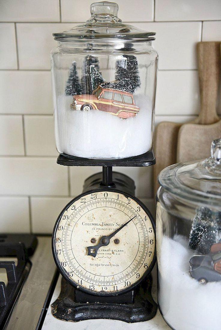 Adorable 50 Farmhouse Christmas Decorating Ideas https://roomodeling.com/50-farmhouse-christmas-decorating-ideas