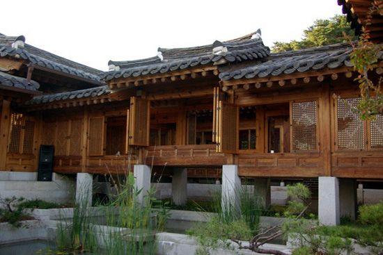 Korea Furniture Museum (Korea)