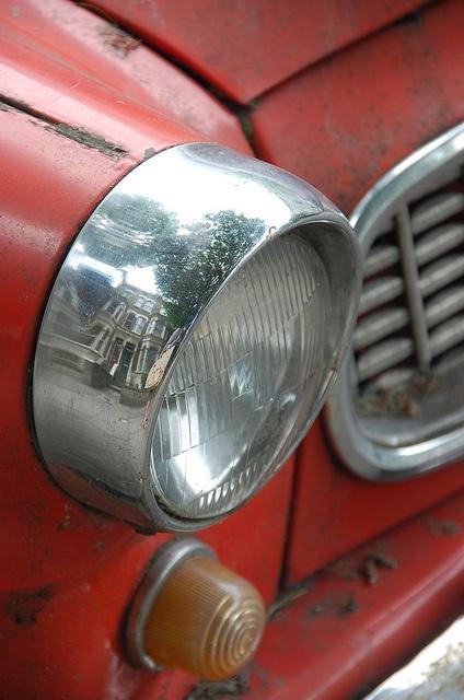 Old red Skoda by joelhughes, via Flickr