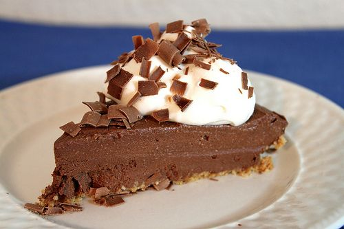 Alton Brown's moo-less chocolate pie with tofu !