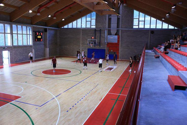 Alleghe Italy new sport parquet floor