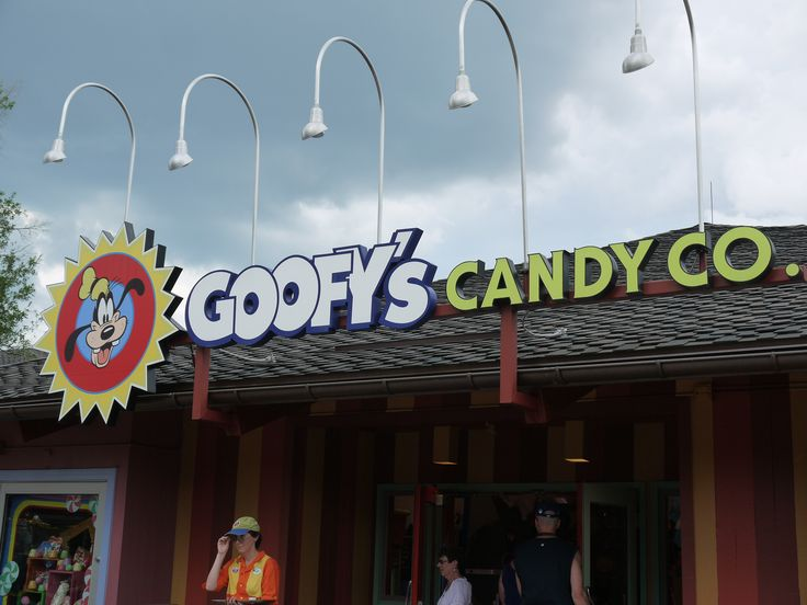 Top 5 Favorite Downtown Disney Stores