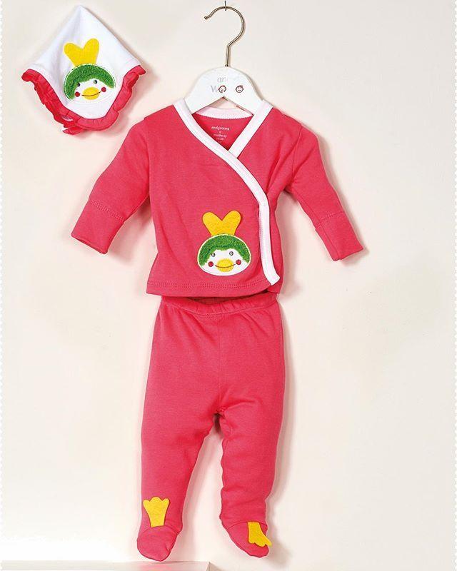 بجامة نوم للأطفال مكونه من قطع برسمة البطة مصنوعة من القطن الطبيعي ومريحة للطفل اطفال مواليد ملابس بيت Pants Sweatpants Fashion