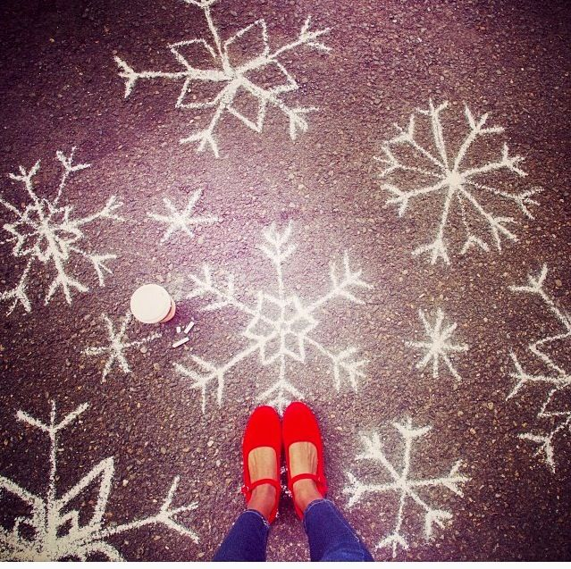 Starbucks Coffee Snowflakes!!!! Love ️ ️☕️ Sidewalk