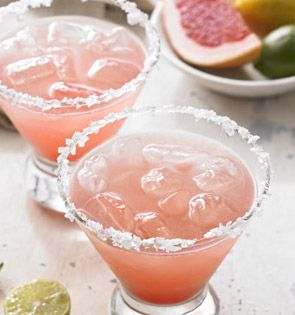 Check out this delicious recipe for Winter Citrus Tequila Spritzer from 25 Merry Days at Fred Meyer!