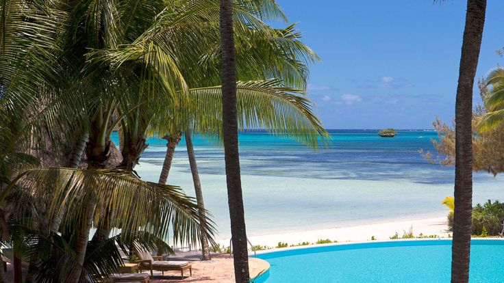 Le Meridien Ile Des Pins - pool and lagoon view