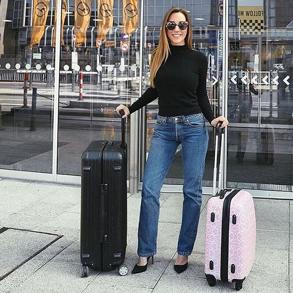 Travel in style with a limited edition Hunkemöller cabin luggage item✈️👙Available online and in selected stores #travel #startanadventure #summer #packyourbagsandgo #swimwear #HKMabroad