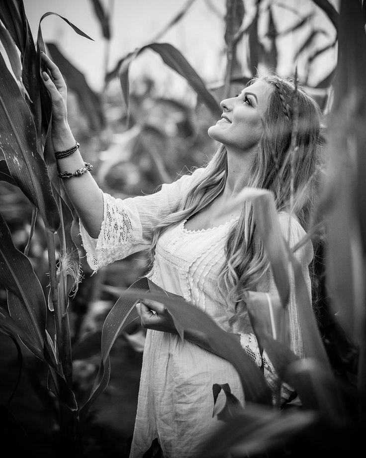 #fujifeed #fujilove #fujifilmxt2 #portrait #polishgirl #polishgirls #polskadziewczyna #portrait_perfection #bw_lover #bnw_life #bw_poland #bw_perfect #bw_portraits #bwphotography #artystycznapodroz