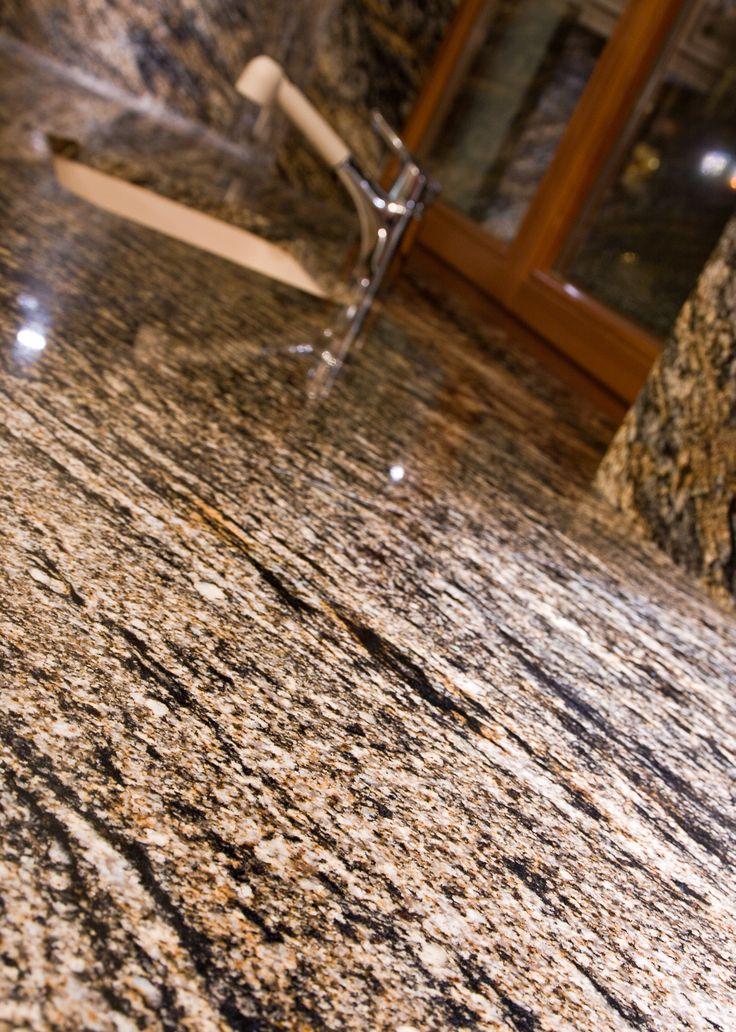 granit jasny